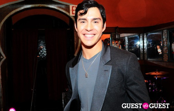 Jullian James Guest of Guest Sway Lounge Live